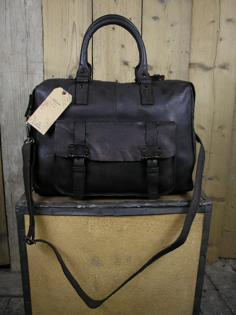 Ashwood 7997 Brown Travel Bag