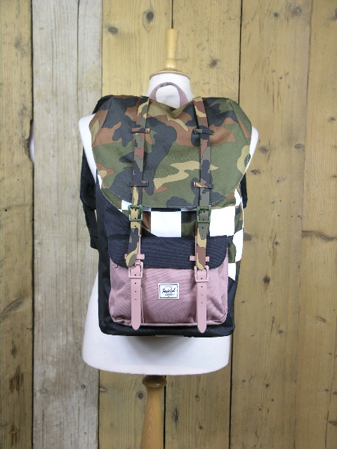 Herschel Supply & Co Camo Chequerboard Little America