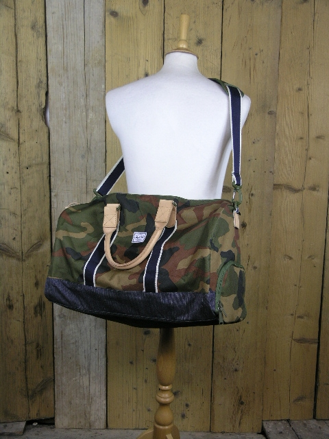 Herschel Supply & Co Camo Denim Novel 10026 02166 OS