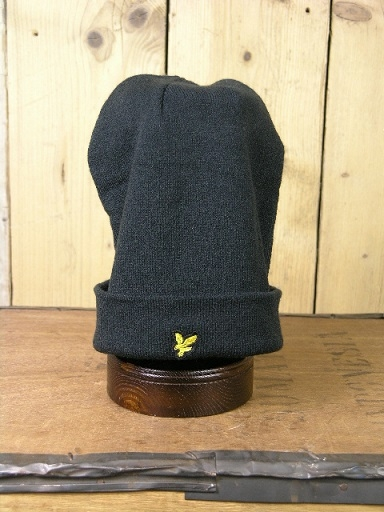 Lyle And Scott Black Beanie HE960A
